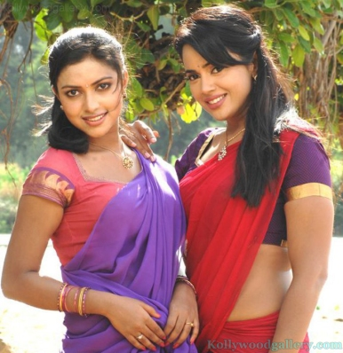 sameera-reddy-amala-paul-in-vettai-1